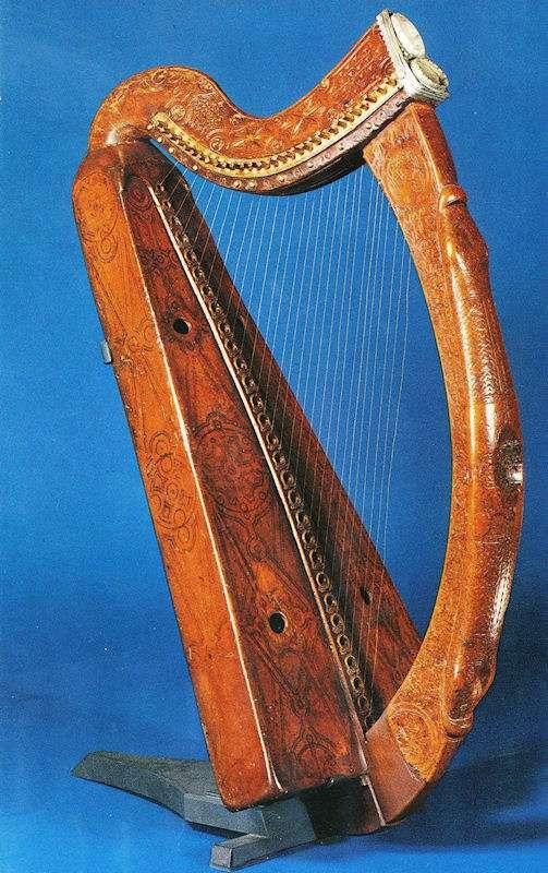 Brian Boru 05, harpa